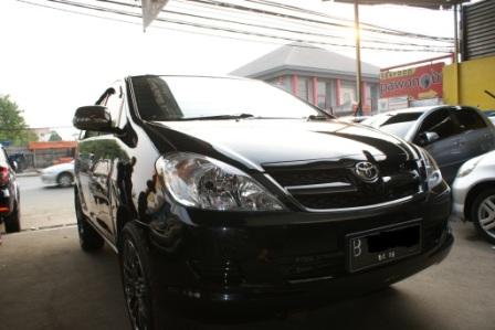 Dijual Mobil Toyota Kijang Innova 2 0 E Mt Bensin Non