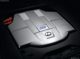 Lexus LS 600h mesin