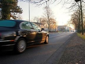 Aman Berkendara di Pagi Buta