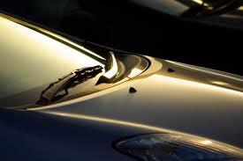 Kaca Depan Mobil Tidak Baret