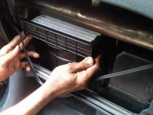 Merawat AC Mobil